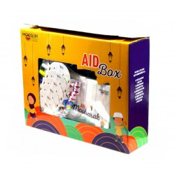AID BOX (GUIRLANDE, NAPPE, CHAPEAUX, GOBELETS, ASSIETTES, FOURCHETTES, SERVIETTES, MASQUES & PAILLES) - MOOSLIM TOYS